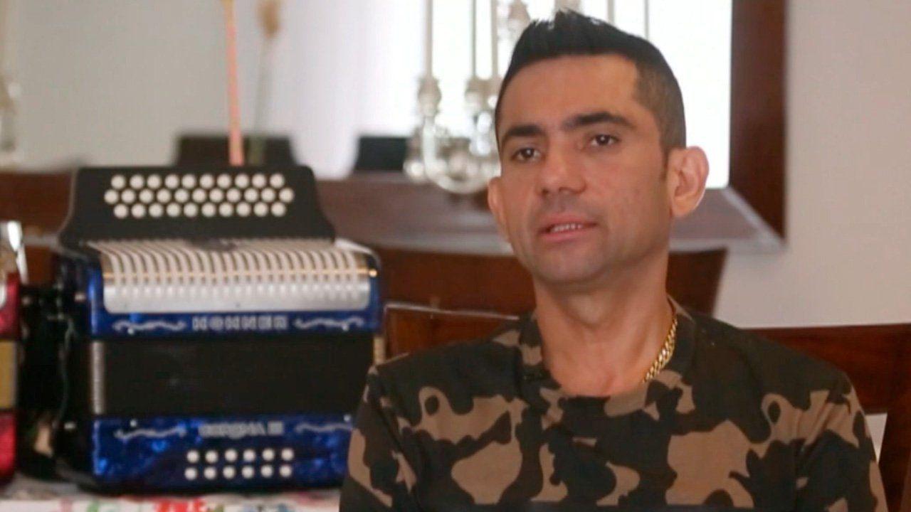 En las últimas semanas, el talentoso acordeonero, Iván Zuleta, ha sido el centro de todas las miradas en las redes sociales, constantemente recibe ciertos comentarios por parte de sus seguidores por su actual estado físico, el artista de música vallenata recibe se realizó una cirugía para mejorar su contextura física.