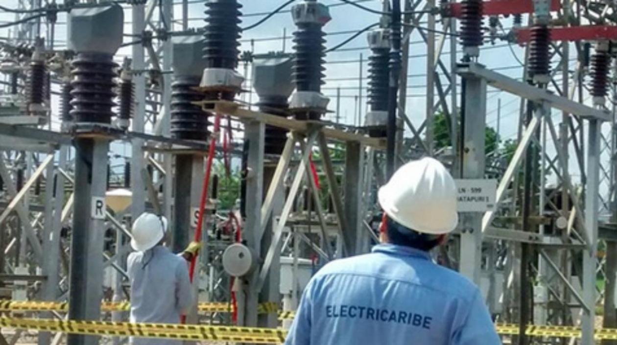 La empresa Electricaribe informa por medio de un comunicado de prensa que debido a labores de mantenimiento estará suspenderá el servicio de energía eléctrica en cinco circuitos que comprenden unos barrios de la ciudad de Barranquilla y Soledad.
