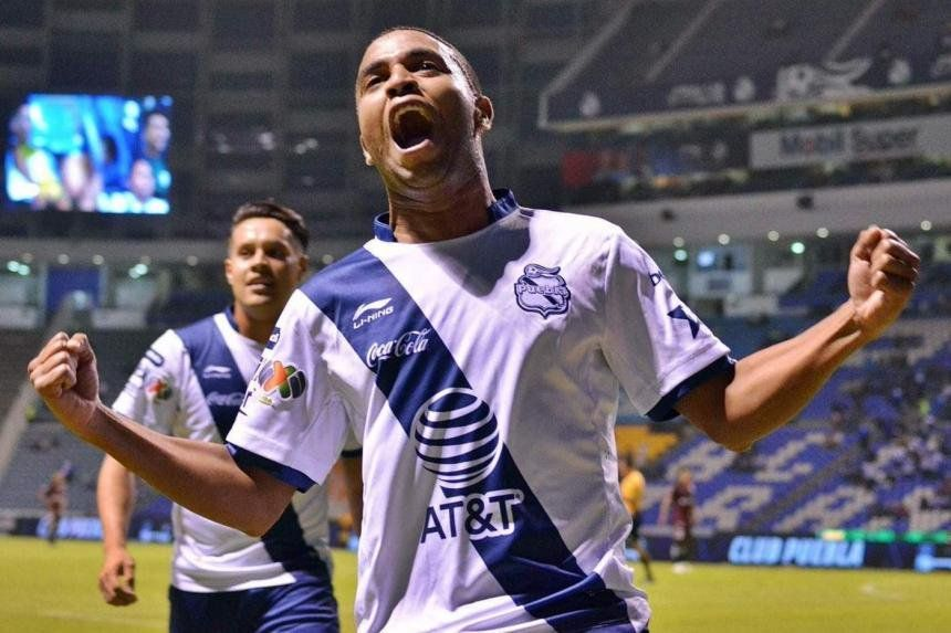 Yohandry Orozco, procedente del Puebla de México, llega hoy a Barranquilla a realizarse las pruebas correspondientes para determinar su estado físico y de salud, jugará con el Junior de Barranquilla.