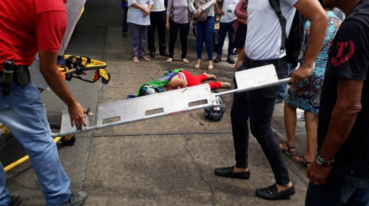Como Margarita Bolaños Fontalvo de 47 años, fue identificada la mujer que cayó de una mototaxi el pasado viernes en la calle 64 con carrera 58 del barrio El Prado.