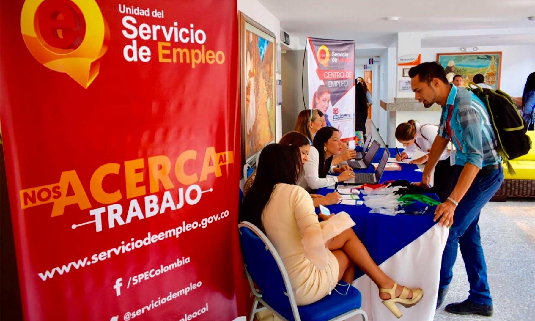 """Angi Velázquez, directora de la unidad del Servicio Público de Empleo (SPE); informó que en Barranquilla existen 5.056 vacantes para trabajo """"ya mismo""""."""