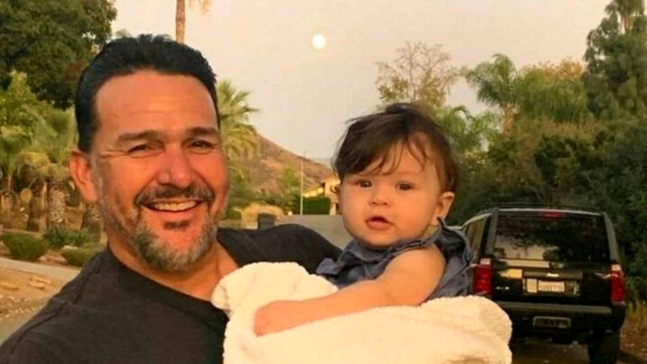 Luego de una larga jornada laboral, el estadounidense Emmanuel Cafferty, de 47 años de edad, se disponía a regresar a su casa, pero en el trayecto a su vivienda, algo hizo que su vida cambiara de un momento a otro. Quedó sin trabajo.