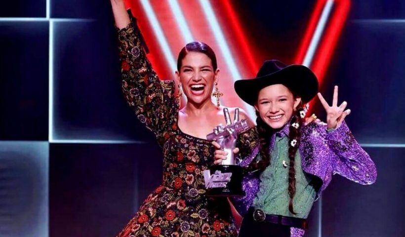 Fue la niña más versátil del certamen de La Voz Kids, toca hasta once instrumentos y tiene una voz impresionante.